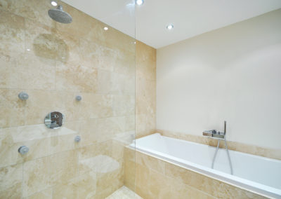 Geelong Frameless Shower Screen